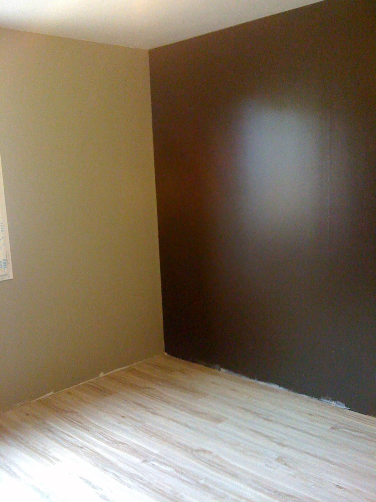 la chambre demma murs pourpreiris avec le mme parquet - Mur Chambre Chocolat